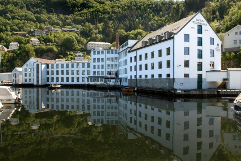 fabrikk fra sjø_nett
